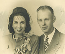 Photo of Florence and Louis Feder. Link to their story.